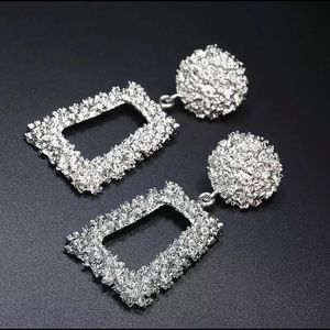 Jewelry - Silver Vintage Hanging Statement Earrings